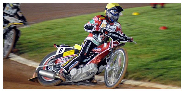 SPEEDWAY - Elite League: POOLE Pirates - LAKESIDE Hammers - 53:39 (результат)